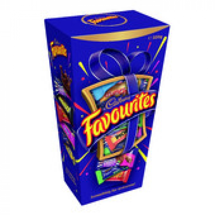 Cadbury Favourites Chocolate Gift Box 320g